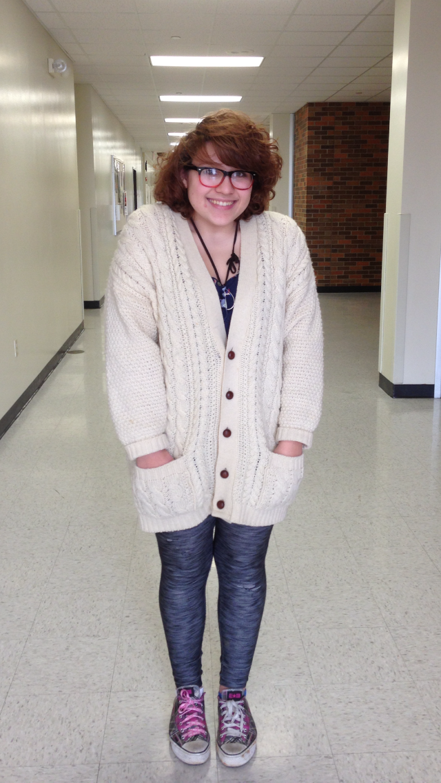 Senior Sarah Dweik wears a sweater with leggings and Converse. Photo by Lauren Puckett.