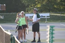 Girls' tennis moves one step closer to districts