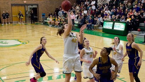 Girls' basketball loses in tight meeting with rival Kewpies