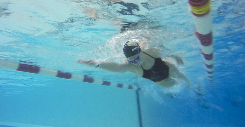 Girls' swim team blooms, takes first at City of Roses Invitational