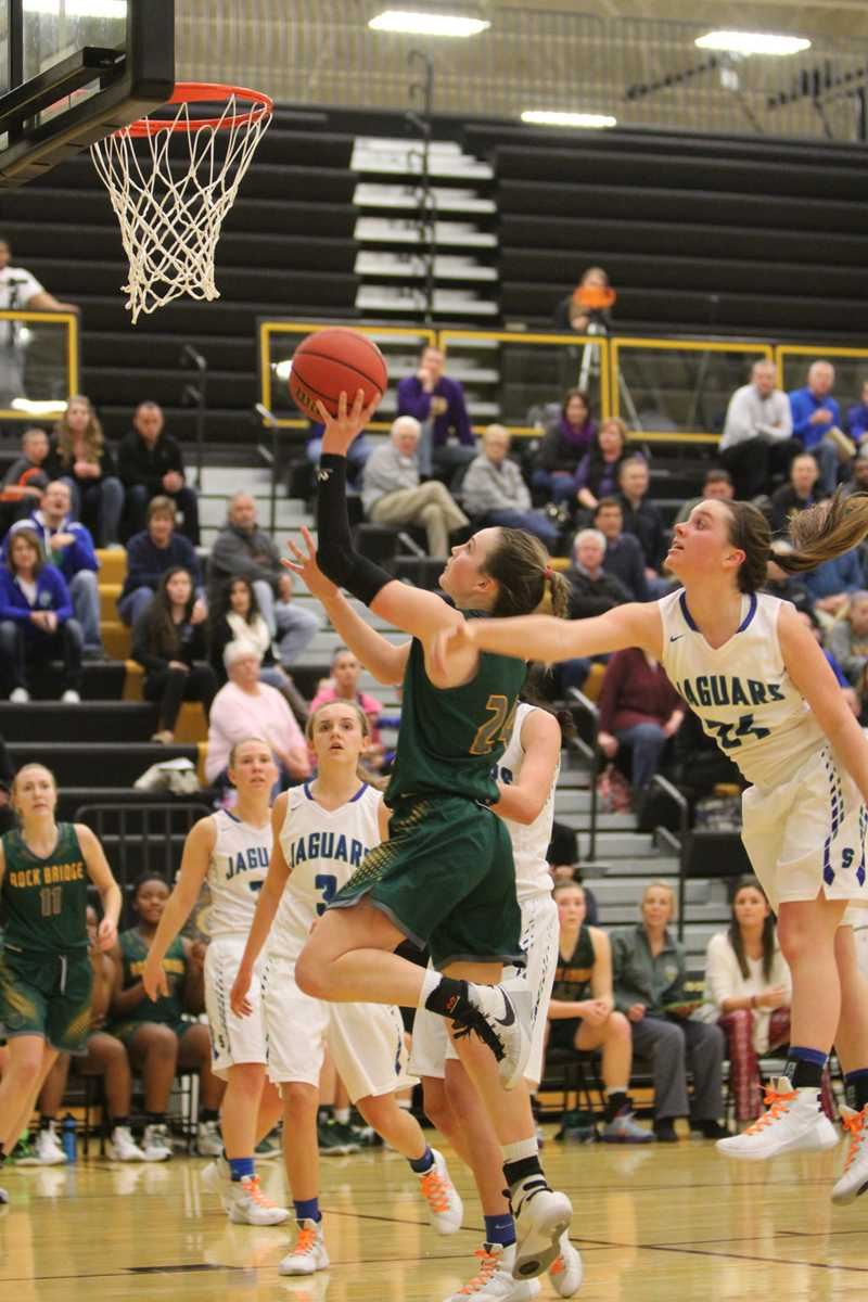 Turnovers prove costly for Lady Bruins in district tournament