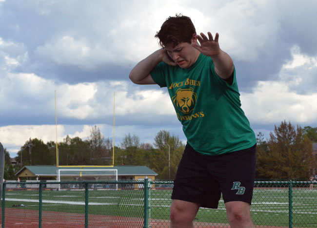 Track athletes continue to prepare for district meet