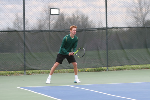 Freshmen to lead varsity tennis in districts
